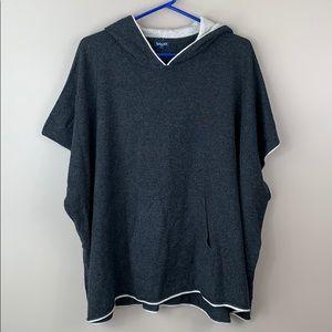 Splendid gray wool cashmere hooded poncho